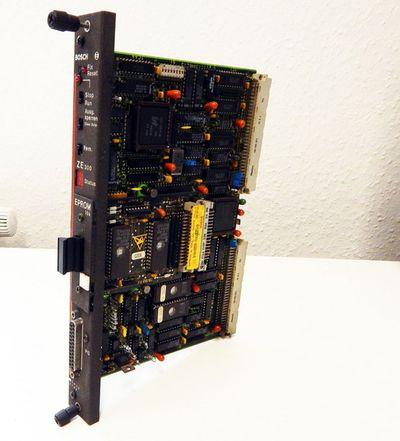 Bosch ZE300 Zentraleinheit mit 16k Eprom Mat-Nr:052009-308401 E-Stand:1 - used - – Bild 1
