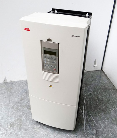 ABB ACS60100303... 64091247 Inverter incl. Operator Panel -used- – Bild 1