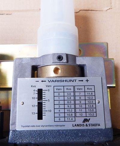 Siemens Landis&Staefa Varishunt VFG35  DN25 Mischereinheit  - unused - in OVP – Bild 3
