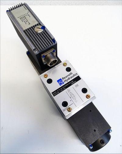 Rexroth 4WRSE 10 R5-00-32/G24K0/A1V-689 4WRSE10R50032/G24K0/A1V689 -used- – Bild 1