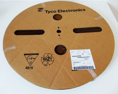 TE 2-964294-1 Flachstecker Qty: ca. 3.400 Stück -geöffnete VE- – Bild 1