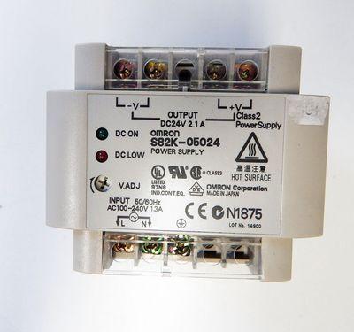 Omron S82K-05024 Power-Supply 24V DC 2,1 A  - used - – Bild 2