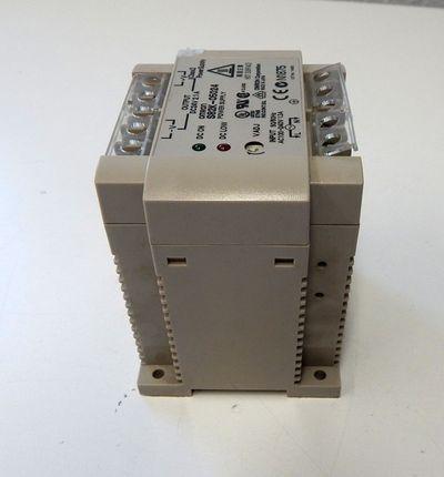 Omron S82K-05024 Power-Supply 24V DC 2,1 A  - used - – Bild 3