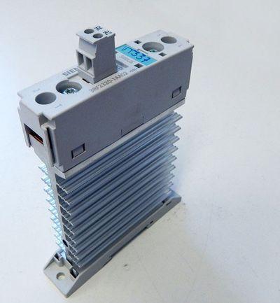 Siemens 3RF2320-1AA02 3RF2 320-1AA02 Halbleiterschütz E: 05 24VDC 4,6kW -used- – Bild 1