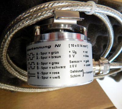 Baumer Thalheim ITD 21A4 Y49 256H NI KR1 S14 Drehgeber  - unused - in OVP – Bild 2