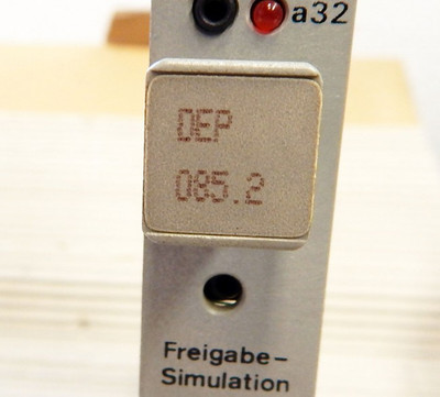 AEG Modicon A-800  590.33943  Eingabebaugruppe   DEP 085.2  - used - in OVP – Bild 2