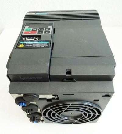 Siemens Micromaster Vector 6SE3221-0DC40  6SE 3221-0DC40 E: D03 -used- – Bild 2