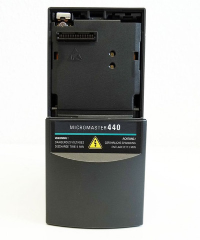 Siemens Micromaster 440 6SE6440-2UD13-7AA1 E-Stand: D04/2.11 -used- – Bild 2