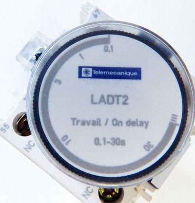 Telemecanique Schütz CAD50 mit LADT2  Zeitblock 0,1-30s Spulensp.48V DC - used - – Bild 2