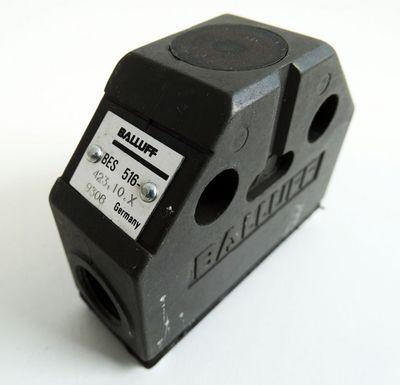 Balluff 516-423.10.X   516-423-10-X Induktivinitiator -used- – Bild 1