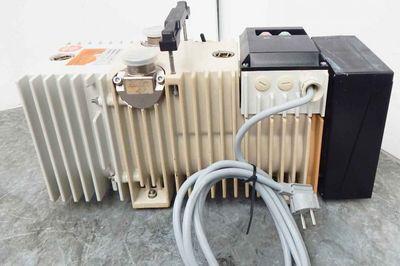 Pfeiffer Balzers DUO 004 B Drehschieber Vakuumpumpe -used- – Bild 1