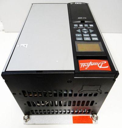 Danfoss VLT5006 175Z0149 VLT5006PT5C20STR3DLF00A00C0 8.3A 7.6kVA  -used- – Bild 4