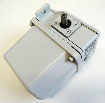 Stromag AG 70_HGE_490_FV70_A1R 70HGE490FV70A1R Getriebe Endschalter -unused/OVP- – Bild 2