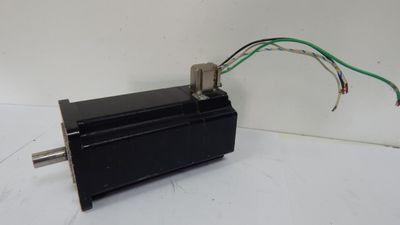 Berger Lahr 3-Phasen-Schrittmotor VRDM3913/50LWC00 / Steckanschluß defekt- used- – Bild 1