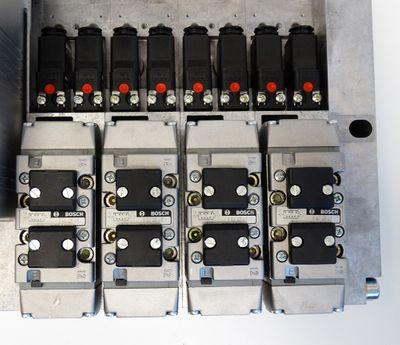 Bosch 0 821 738 085 + RM65V-16IBS-I 1827030156 + 4x 0820 225 015 Ventil -unused- – Bild 7