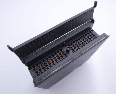 Siemens SIMATIC S7 6ES7 322-1BL00-0AA0 6ES7322-1BL00-0AA0 E:8 + Connector -used- – Bild 4