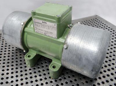 AEG U6X-K 97 005 046 97005046 230/400V 50Hz rpm1.410 0,51kW Unwuchtmotor -used- – Bild 1
