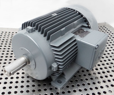 ATB 100L A100L/8/6A-11 380V/50Hz 2,6/2,8A rpm715/970 0,60/0,80kW -unused/OVP- – Bild 1