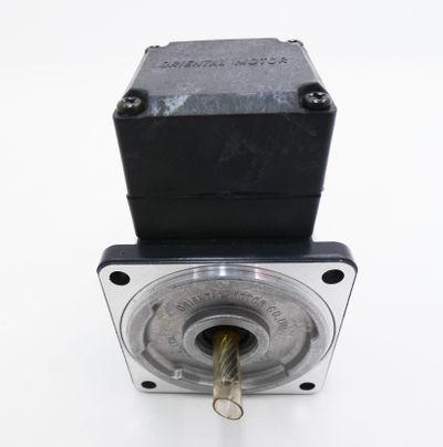 Oriental Motor 2IK6GN - ET 2IK6GNET 6W 230V 50Hz 0,11A Induction Motor -used- – Bild 3
