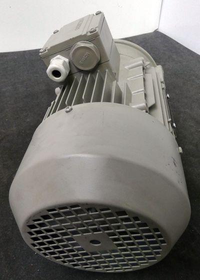 Siemens  1LA7090-4AA13-Z  IM B14 Elektromotor 1,1 kW  230/400 Volt  -unused- – Bild 4