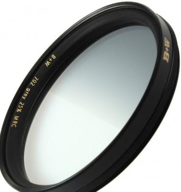 B+W Verlauffilter dunkelgrau 25% 702   67,0 mm F-Pro Digital MRC vergütet