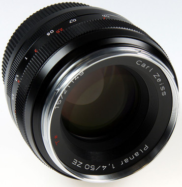 Zeiss 50mm /  f 1:1,4 Planar T* ZE