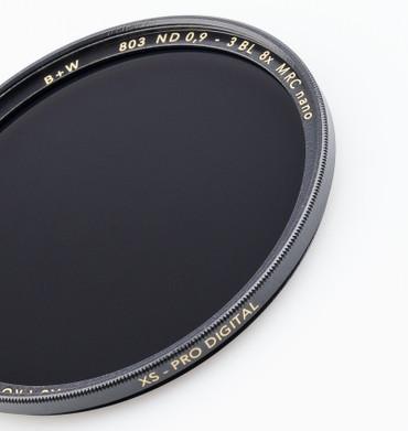 B+W Graufilter 803 ND 0,9  8x  40,5 mm   + 3 Blenden  XS-Pro MRC Nano vergütet
