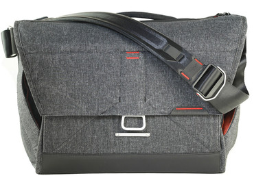 Peak Design Everyday Messenger Bag 15 Charcoal Fototasche