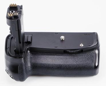 Meike Profi Batteriegriff MK-70 D für Canon EOS 70D und 80D, sehr guter Zustand