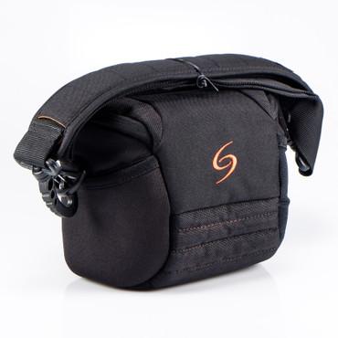 Shooter Kate L – schwarz Fototasche / Gürteltasche mit integriertem Regencape