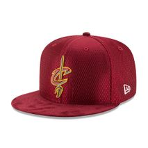 New Era NBA CLEVELAND CAVALIERS 2017 Authentic On-Court 9FIFTY Snapback Cap