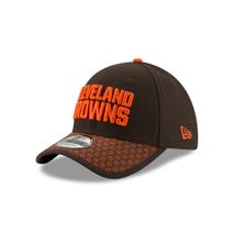 New Era NFL CLEVELAND BROWNS Authentic 2017 Sideline 39THIRTY Stretch Fit Game Cap