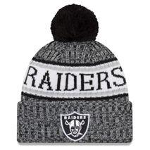 New Era NFL OAKLAND RAIDERS Authentic 2018 Black/White Sideline Sport Knit Wintermütze