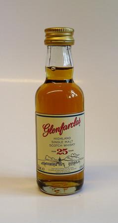 Glenfarclas 25 Jahre MINIATUR 43%vol 1x0,05L Single Malt Scotch Whisky