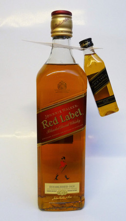 JOHNNIE WALKER RED LABEL + MINIATUR BLACK LABEL - Blended Scotch Whisky 40%Vol. 1x0,75L