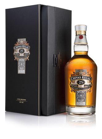 Chivas Regal 25 year old –  De-Luxe-Blended Scotch Whisky 40%Vol. 1x0,7L – Bild 1