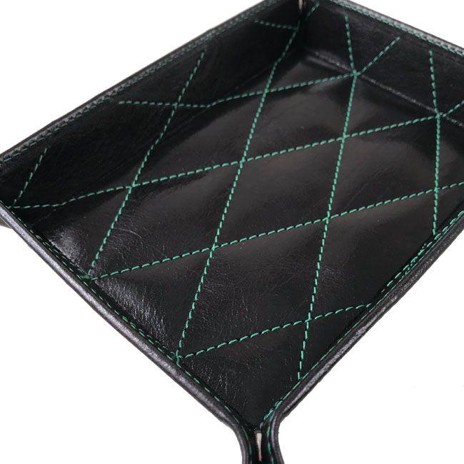 Taschenleerer gepolstert mit grüner Steppnaht – Bild 3