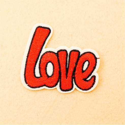 Patch Aufnäher Love 5,5 x 6,3 cm