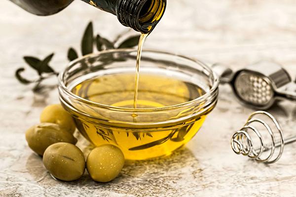 Essig & Olivenöl