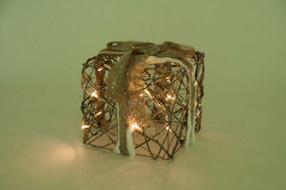 20 LED Weihnachtsdeko-Päckchen aus Rattan – Bild 3