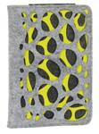 Der Burgmeister Ipad-/Tablet PC-Hülle TBM3027-167  besticht durch folgende Eigenschaften:   Marke: Burgmeister, Modelname: Fashion, Art: Ipad-/Tablet PC-Hülle, Material: Filz + PU-Leder, Farbe: grau/anthrazit/grün, Maße: ca. 13,5 x 20 x 2 cm (H x B x T) - 9