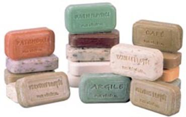 Handgegossene Provence Blockseife mit Karitebutter – Bild 1