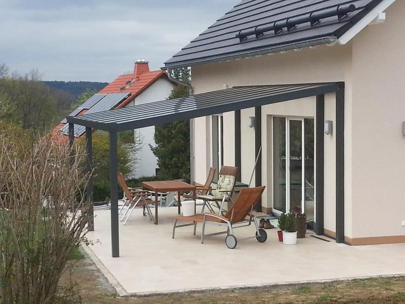 Alu-Terrassendach mit 8-mm VSG Glasbedachung Breite: 3 m