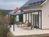 Alu-Terrassendach mit 8-mm VSG Glasbedachung Breite: 5 m 001