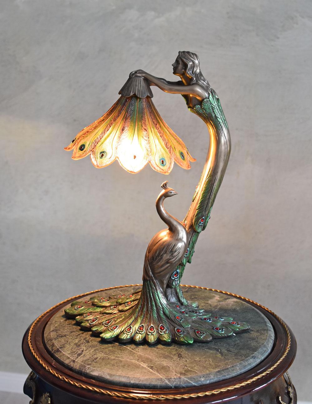 Tischlampe Leuchte Antik Tischleuchte Lampe Frauenfigur Nachttischlampe Vintage