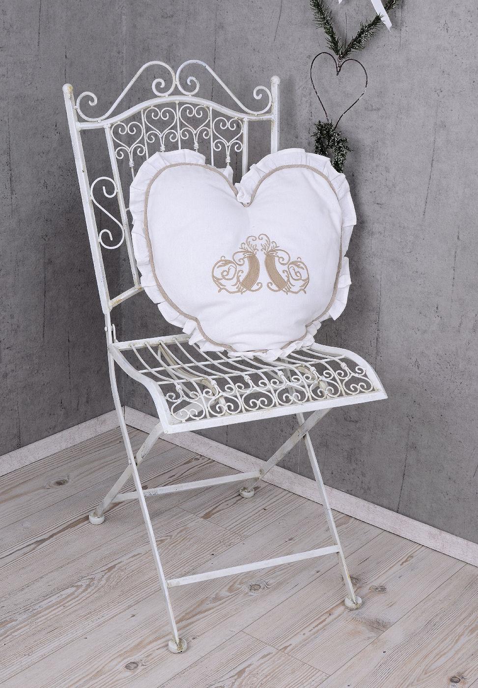 vintage garten stuhl shabby chic gartenstuhl weiss eisenstuhl klappstuhl metall ebay. Black Bedroom Furniture Sets. Home Design Ideas