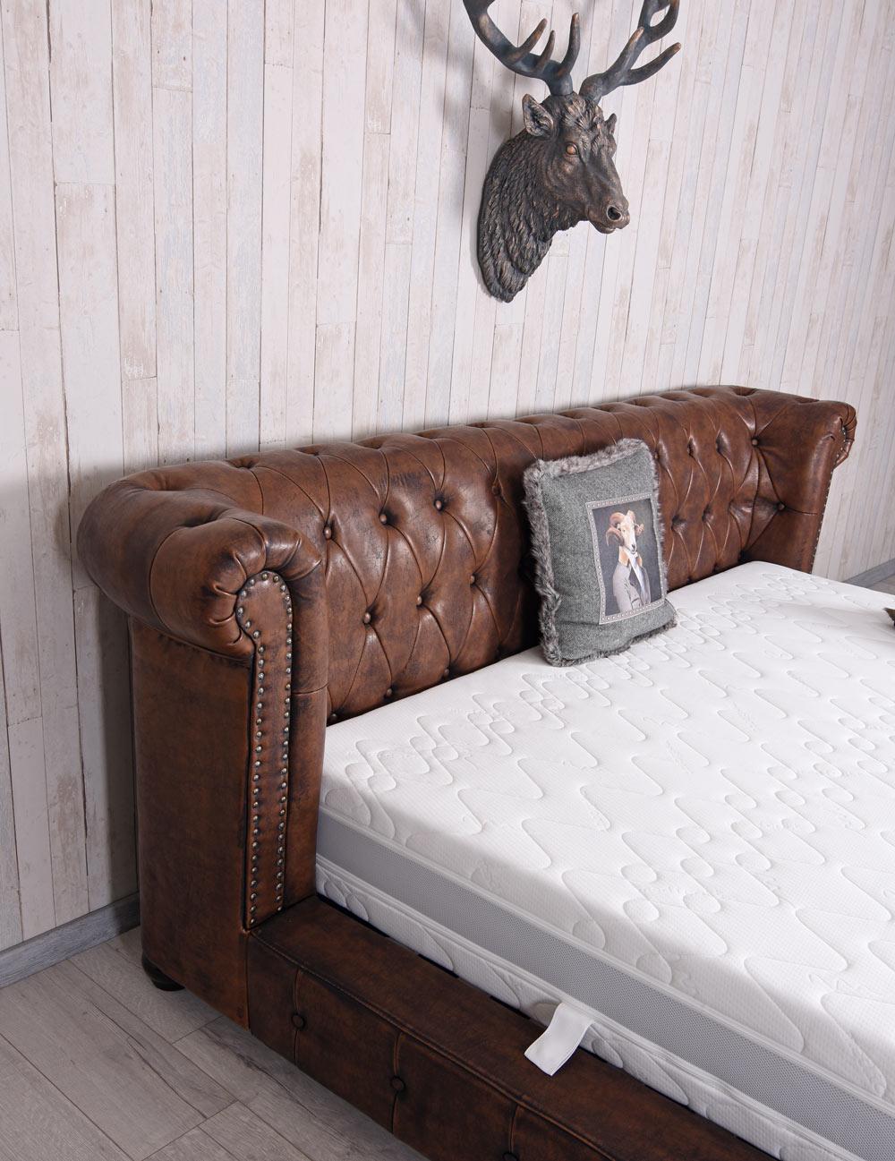Chesterfield Bett Kunstleder Ehebett Vintage Doppelbett