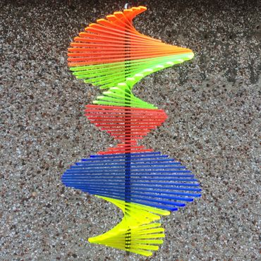 Wind Spinner, flourescent, 27cm wide, 40cm high – image 11