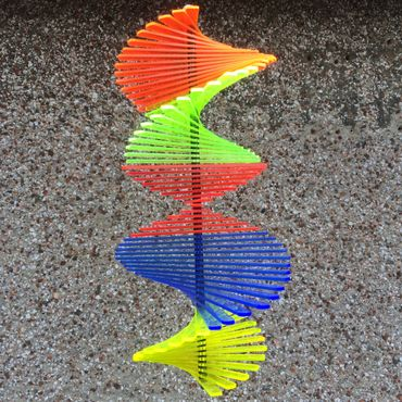 Wind Spinner, flourescent, 27cm wide, 40cm high – image 10