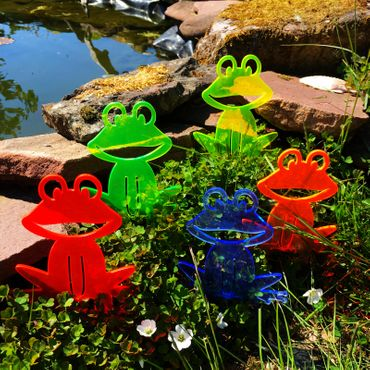 SunCatcher Set of 5 'Happy Frogs', 15cm, garden stake – image 2
